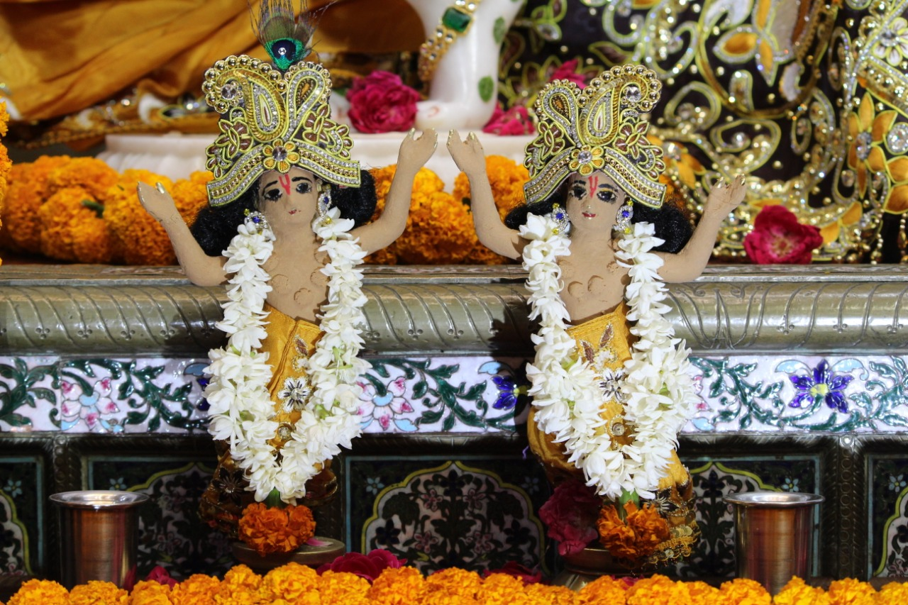 "21-days ""Chandan Yatra Festival"" begins at Chandrodaya Mandir"