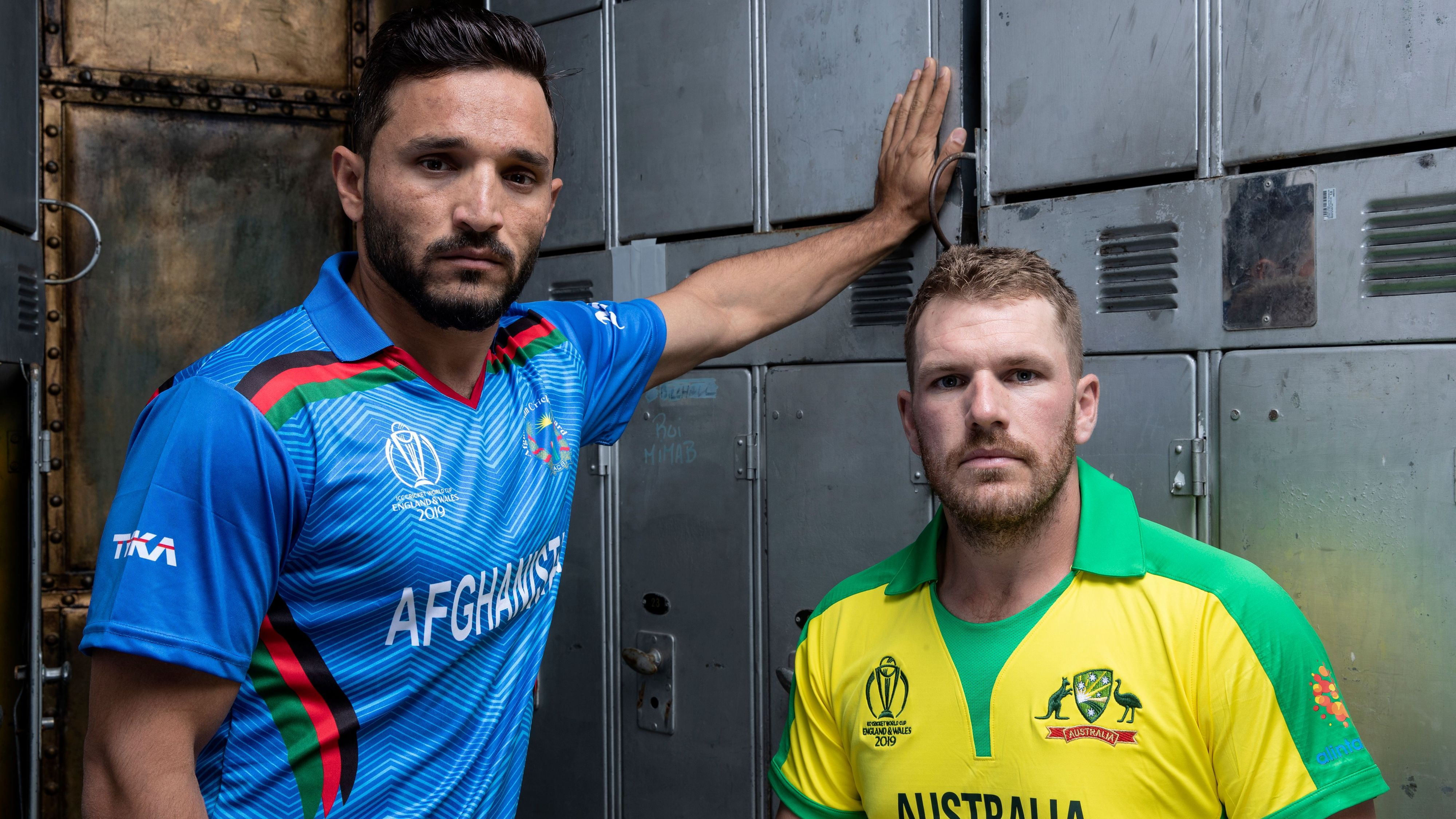 Gulbadin Naib with Aaron Finch in a photo session