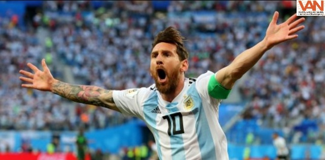Messi Celebrates after Argentina's victory