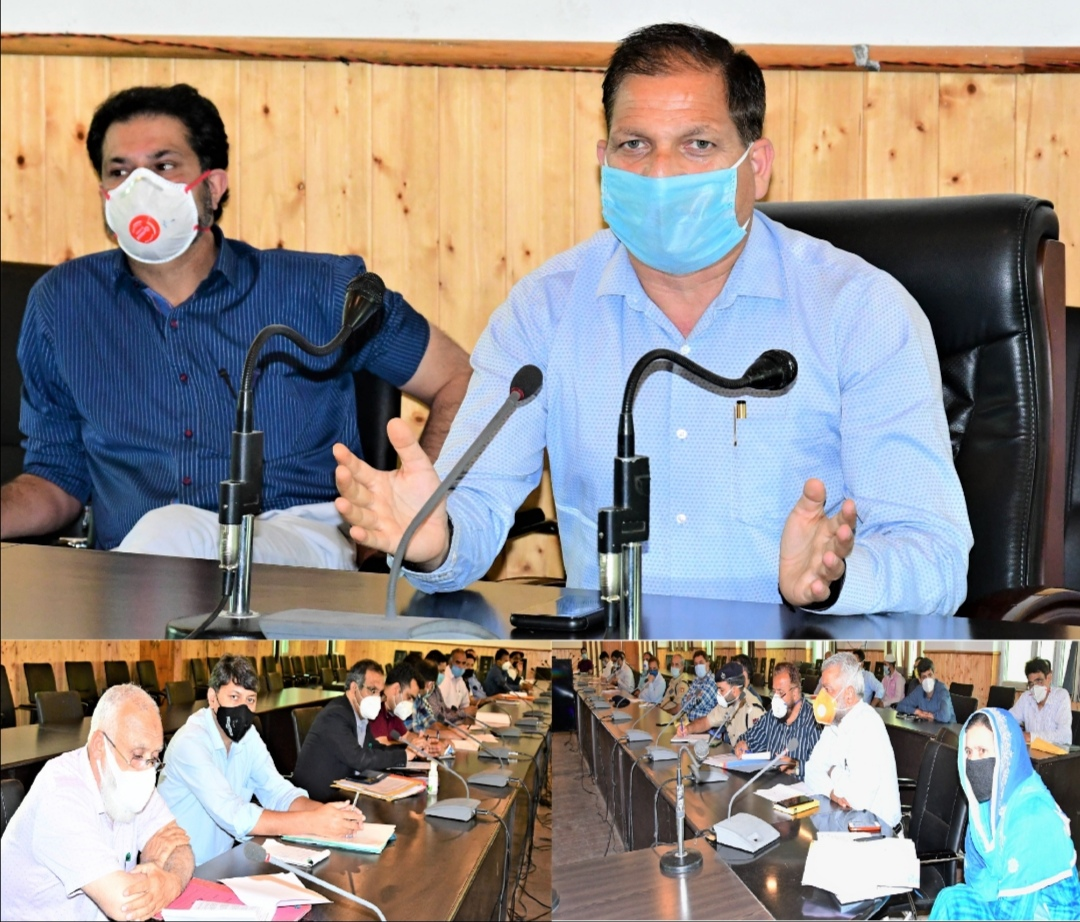 DDC Ganderbal Prioritize public importance works
